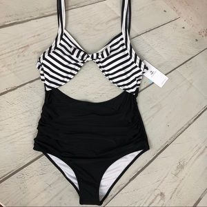 NWT Cupshe Cutout One Piece Swimsuit